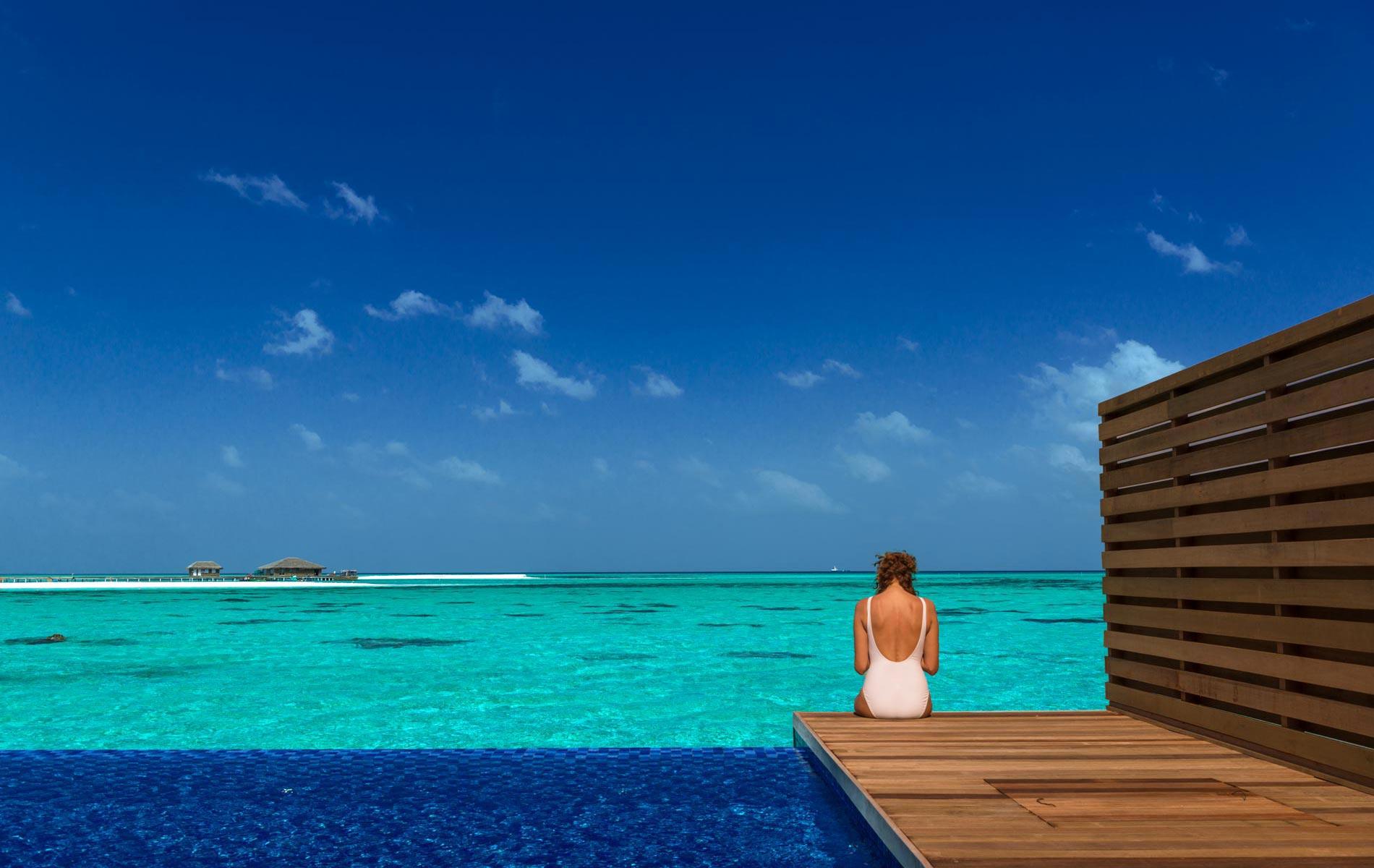 09_gallery_lagoon-suite-pool