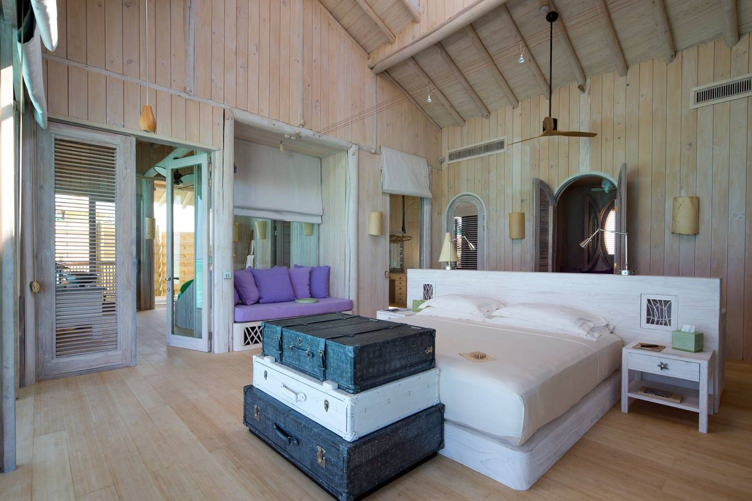1-Bedroom-Overwater-Villa_Master-Bedroom-by-Richard-Waite-1500×1000