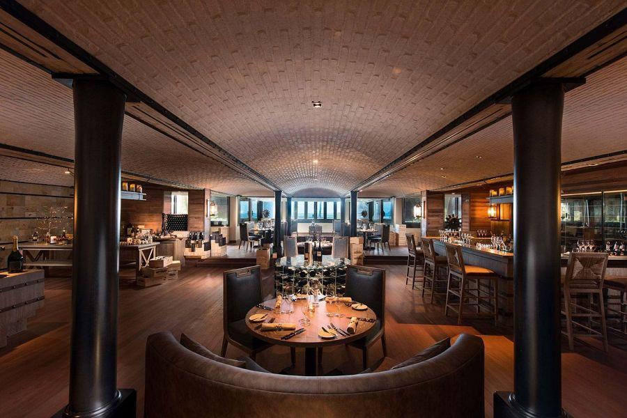belle-mare-plage-2016-blue-penny-cellar-restaurant-07